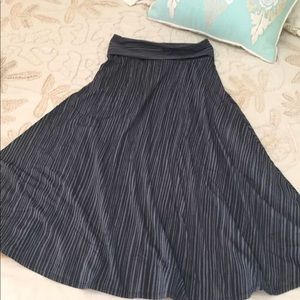 Patagonia S Athletic fold over waist skirt striped